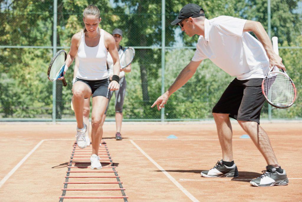 Homepagemenü für Tennisschulen