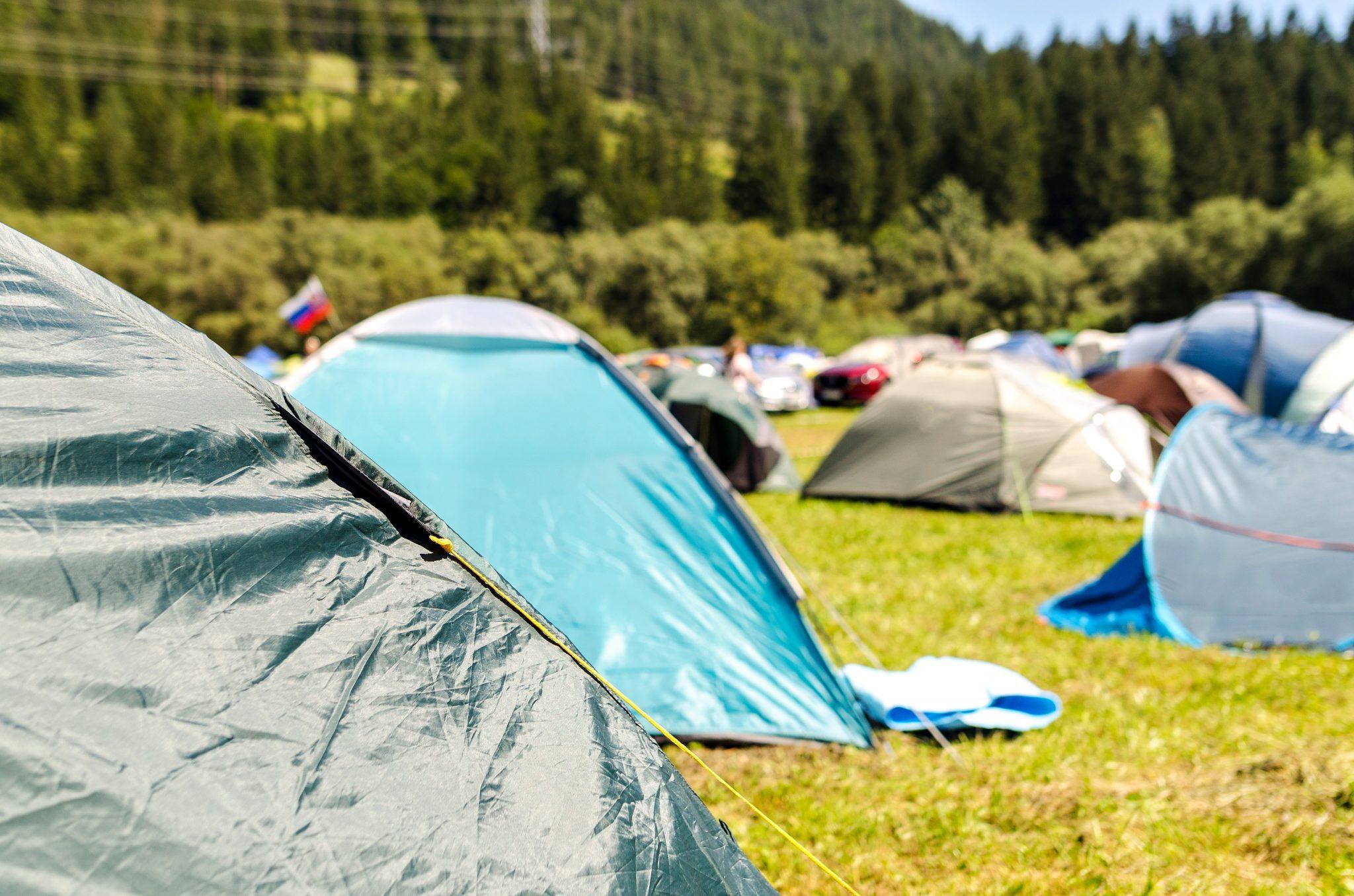 Zeltlager, Kinderfreizeit, Ferien, Zelte, Berge,