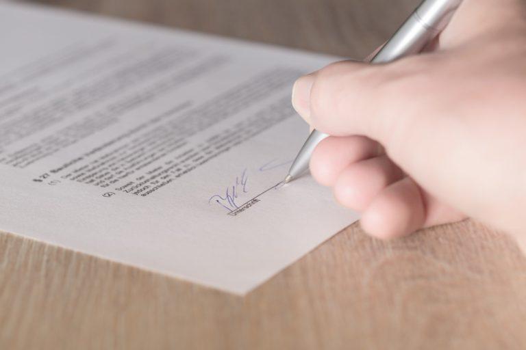 Ein Kooperationsvertrag besiegelt die Zusammenarbeit zwischen 2 Vereinen
