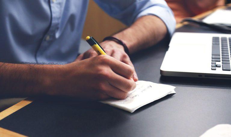 Stelle einen Redaktionsplan auf!